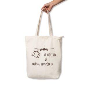 Túi vải bố may viền chất lượng, hữu ích, thân thiện với môi trường được sản xuất và phân phối trực tiếp bởi Trí Việt