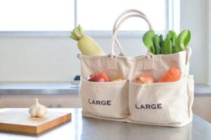 Túi vải bố đựng hoa quả, trái cây ngày càng phổ biến rộng rãi vì tính thẩm mỹ, an toàn vệ sinh thực phẩm cho người sử dụng