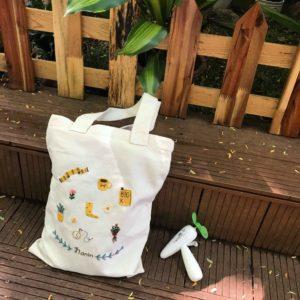 Túi vải bố với những tính năng vượt trội đem lại tiện ích cho người sử dụng với mức giá hợp lý