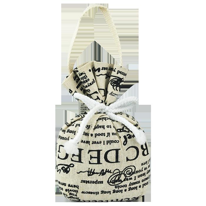 Mua túi vải bố đựng quà không hề đơn giản và cũng quan trọng, bởi nó thể hiện tình cảm, giá trị món quà tặng bên trong