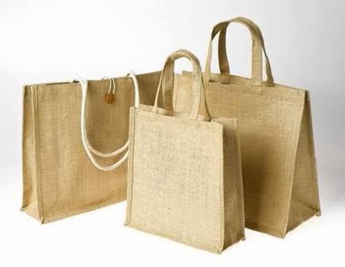 So với những loại túi với chất liệu khác thì túi vải đay là một sản phẩm vừa rẻ lại vừa bền đẹp