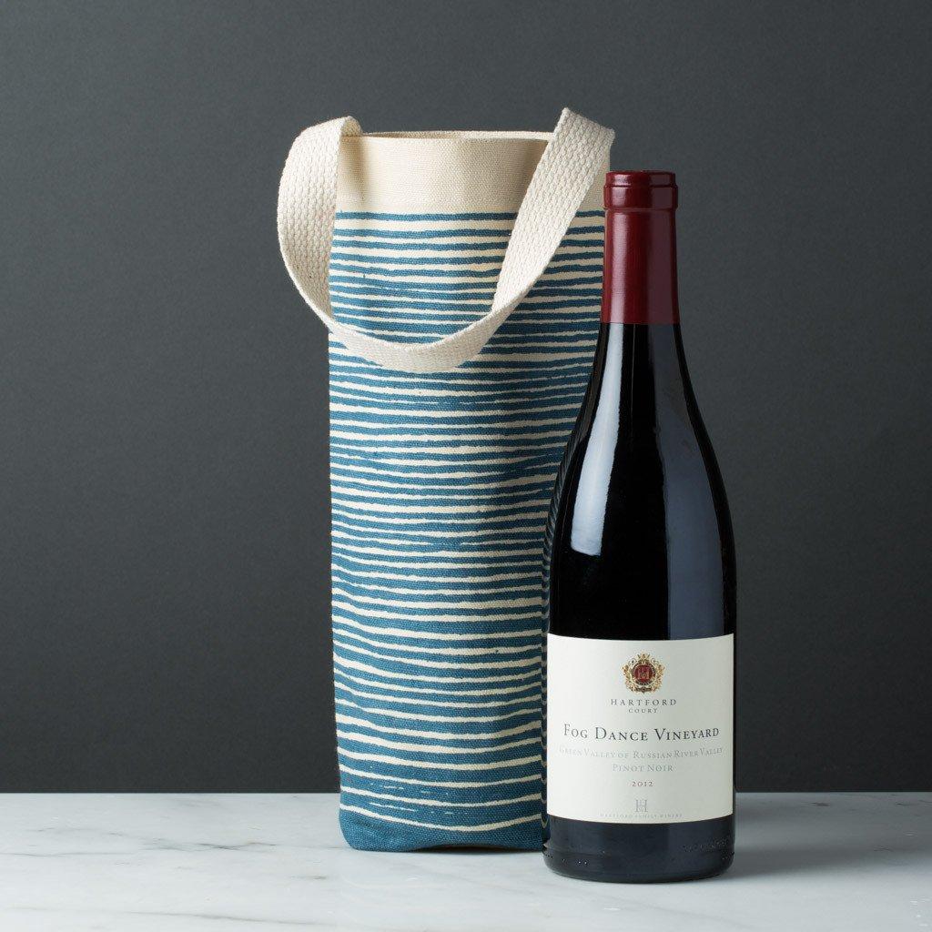 Tìm hiểu, xác định được lợi ích, giá trị của sản phẩm sẽ giúp việc lựa chọn túi vải đựng rượu được chuẩn xác và hiệu quả hơn.