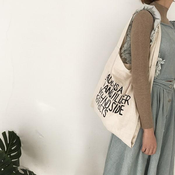 Xử lý các vết bẩn đúng cách sẽ giúp những chiếc túi vải bố của các bạn luôn được bền lâu và xinh đẹp