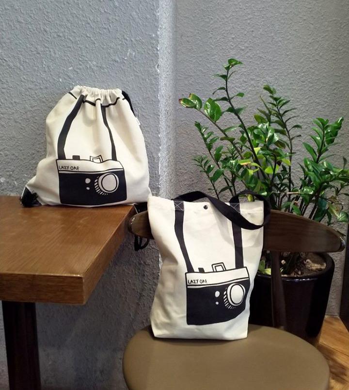 Túi vải bố đôi tại Trí Việt với tiêu chí đẹp và rẻ với vô số mẫu mã đa dạng, hấp dẫn sẽ đem đến cho quý khách hàng sự hài lòng cao nhất.