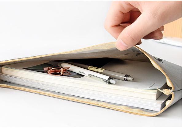 Do có nhiều ưu điểm, túi vải bố hình hộp đựng sách vở được đánh giá tích cực cùng với giá cả phù hợp mang lại nhiều sự lựa chọn cho khách hàng.