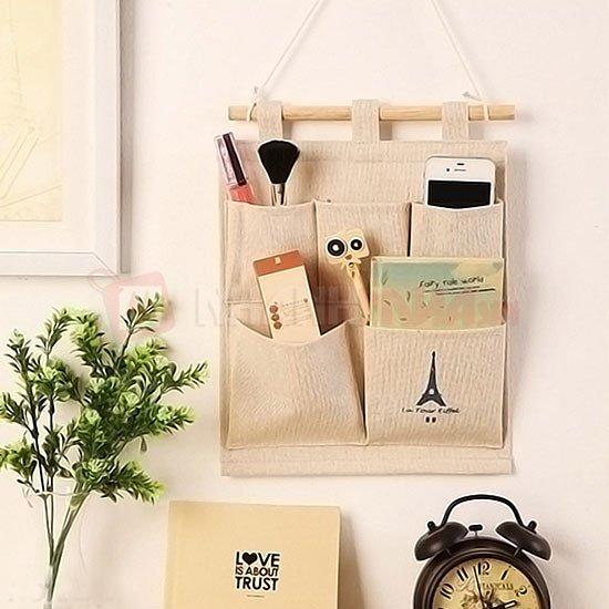 Túi vải bố treo tường vừa trang trí cho căn phòng thêm phần sống động và tạo thêm không gian gọn gàng ngăn nắp.