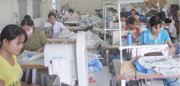 Túi vải bố cổ điển chất lượng, hữu ích, thân thiện với môi trường được sản xuất và phân phối trực tiếp bởi Trí Việt