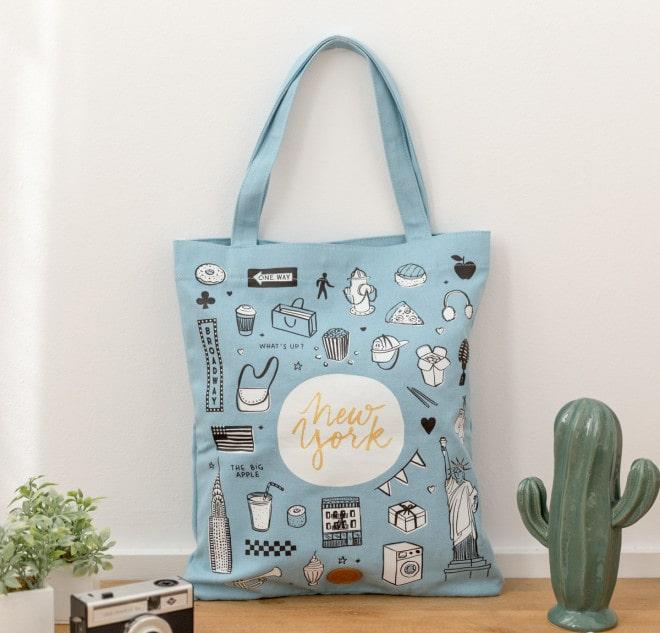 Túi vải bố được nhiều người tin dùng về chất lượng, giá cả, tính thẩm mỹ và thân thiện với người sử dụng