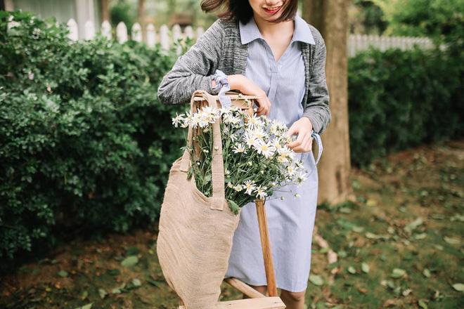 Túi vải bố có độ bền cao, chịu tải tốt, chứa được nhiều vật dụng