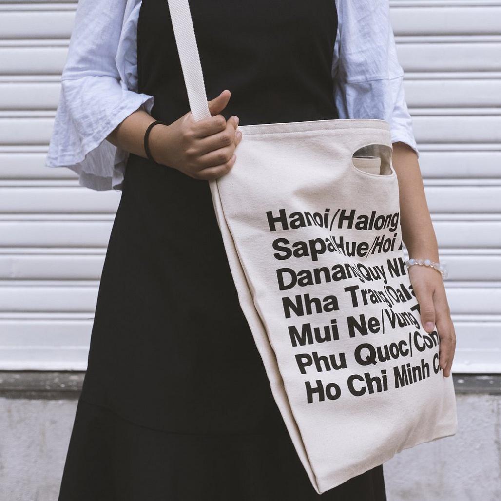 Công ty Trí Việt chuyên sản xuất sản phẩm túi vải bố các loại chất lượng đảm bảo, với bảng báo giá cụ thể, công khai rõ ràng