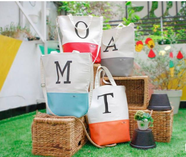 Túi vải bố chất lượng được làm từ chất liệu vải bố cao cấp hơn, thiết kế cầu kỳ hơn, đường may, hình ảnh, màu sắc chỉnh chu hơn