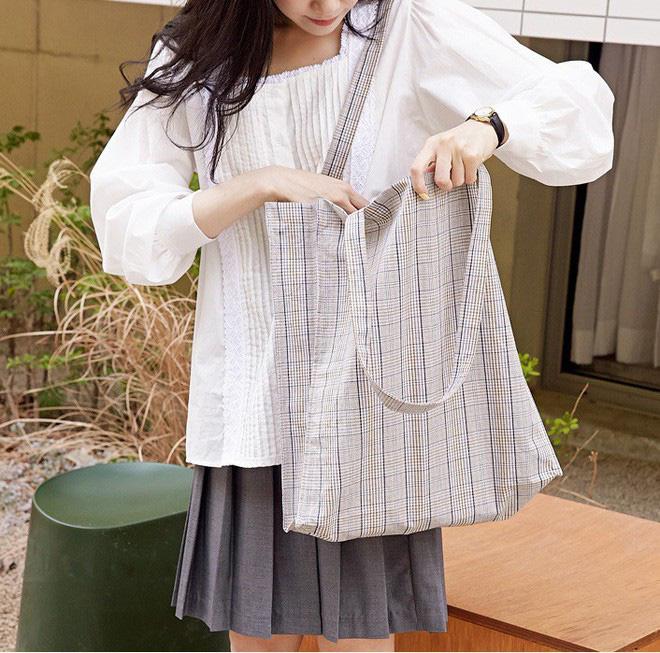 Để mua được những chiếc túi tote vải bố ưng ý với chi phí tốt nhất các bạn hãy chọn cơ sở sản xuất Trí Việt