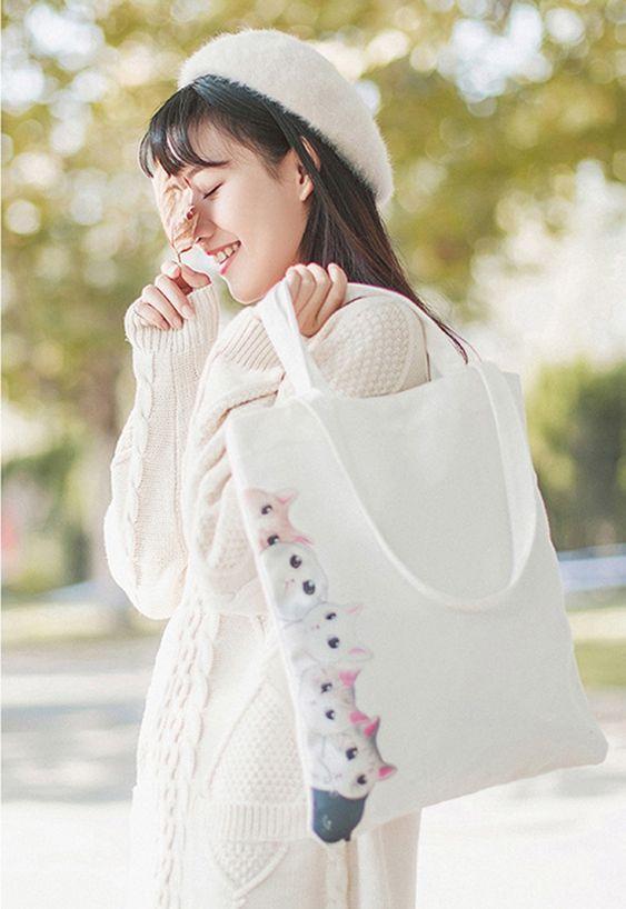 Túi vải bố được biết đến là bao bì thân thiện với môi trường, mang đến hiệu quả sử dụng cao trong cuộc sống