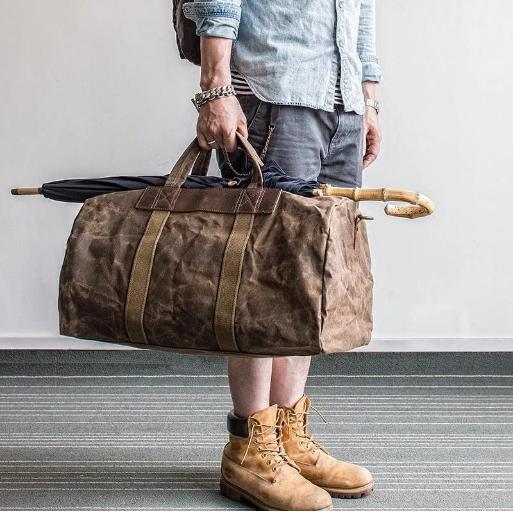 Túi xách cho nam giới đã trở thành vật dụng không thể thiếu trong cuộc sống
