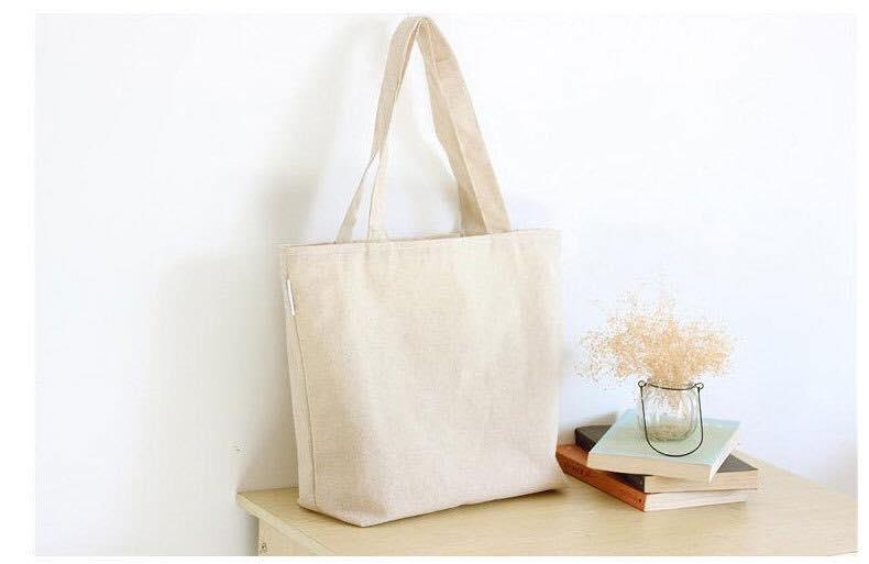 Lựa chọn túi vải bố trơn là hoàn toàn phù hợp bởi vừa tiết kiệm chi phí, vừa chung tay vào hoạt động bảo vệ môi trường.