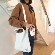 Túi vải bố trên thị trường được bán với nhiều mức giá khác nhau và tỉ lệ thuận với giá bán