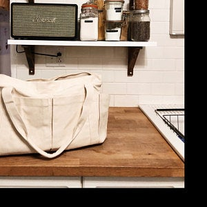 Việc lựa chọn được xưởng may túi vải bố uy tín là việc quyết định tới thành công của sản phẩm với người sử dụng và doanh nghiệp