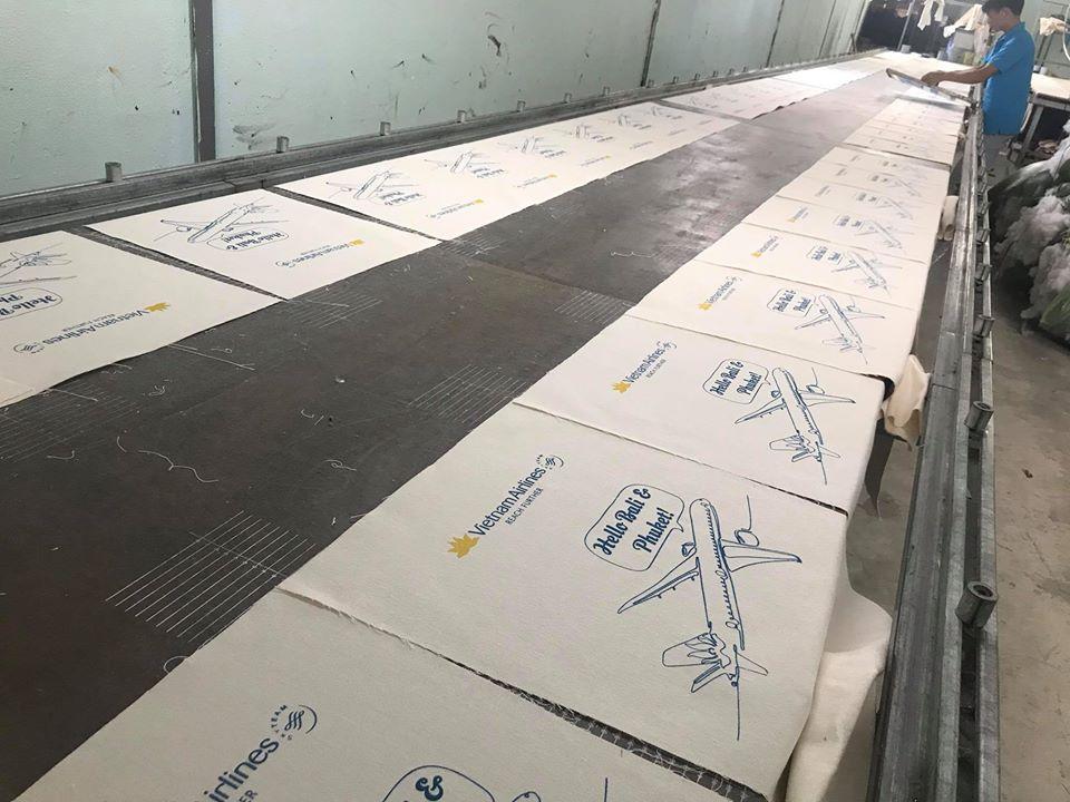 Trí Việt cung cấp dịch vụ in túi vải bố uy tín, bao nhiêu cái cũng in kể cả 1 cái.