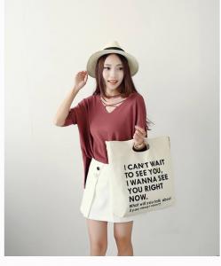 Sử dụng túi vải bố đục quai vừa thời trang vừa tiện ích vừa góp phần bảo vệ môi trường