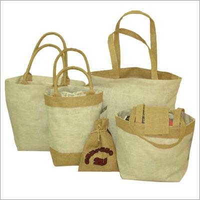 Túi vải bố gai đủ kiểu dáng, mẫu mã chất lượng, giá rẻ tại Trí Việt