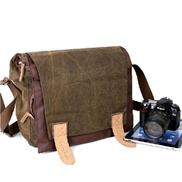 Túi vải canvas đựng máy ảnh hợp thời trang và có khả năng bảo vệ máy ảnh một cách hoàn hảo.
