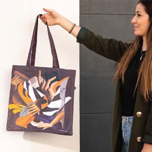 Túi canvas phối màu là sản phẩm phù hợp với các bạn trẻ yêu thích sự khác biệt, trẻ trung, năng động