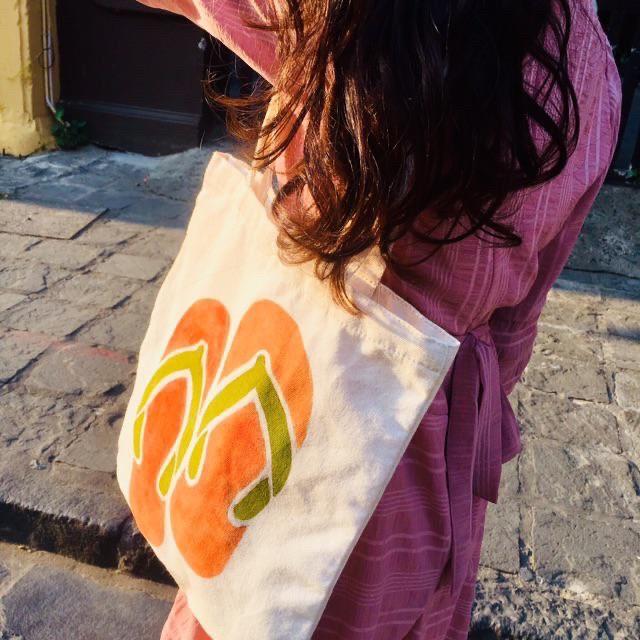 Túi tote được rất nhiều khách hàng ưa dùng, hài lòng, là món phụ kiện giúp bạn diện đẹp với mọi phong cách.