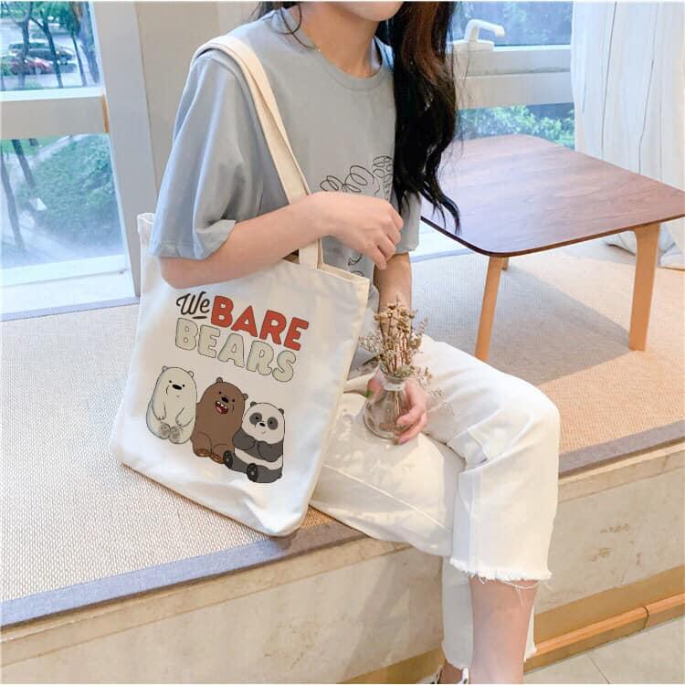 Túi tote không chỉ đơn thuần dùng để đựng các đồ vật cần thiết mà còn là một item giúp tạo nên phong cách của người sử dụng