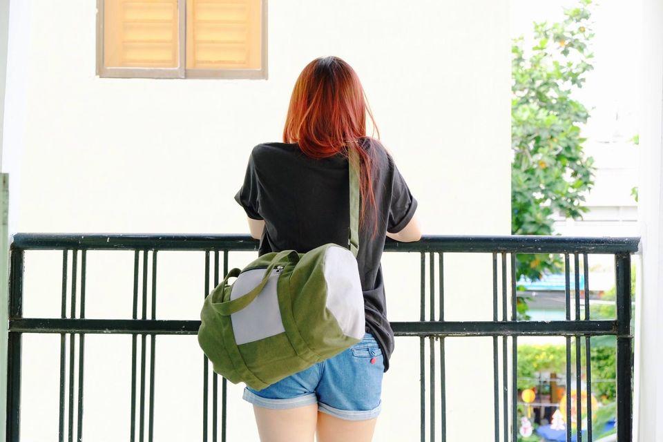 Túi trống canvas phối màu không chỉ mang đến độ bền, tiện ích mà còn mang đến tính thẩm mỹ, tinh tế cao.