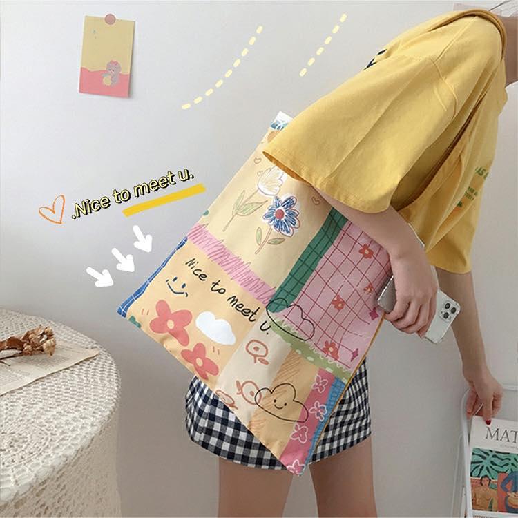 Túi vải canvas đủ màu sắc ấn tượng, mang đến cho bạn một item vô cùng độc đáo, cho bạn chọn lựa theo sở thích của mình