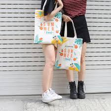 Túi tote canvas phụ kiện thời trang tiện dụng, đa chức năng, phù hợp với mọi trang phục, phong cách thời trang