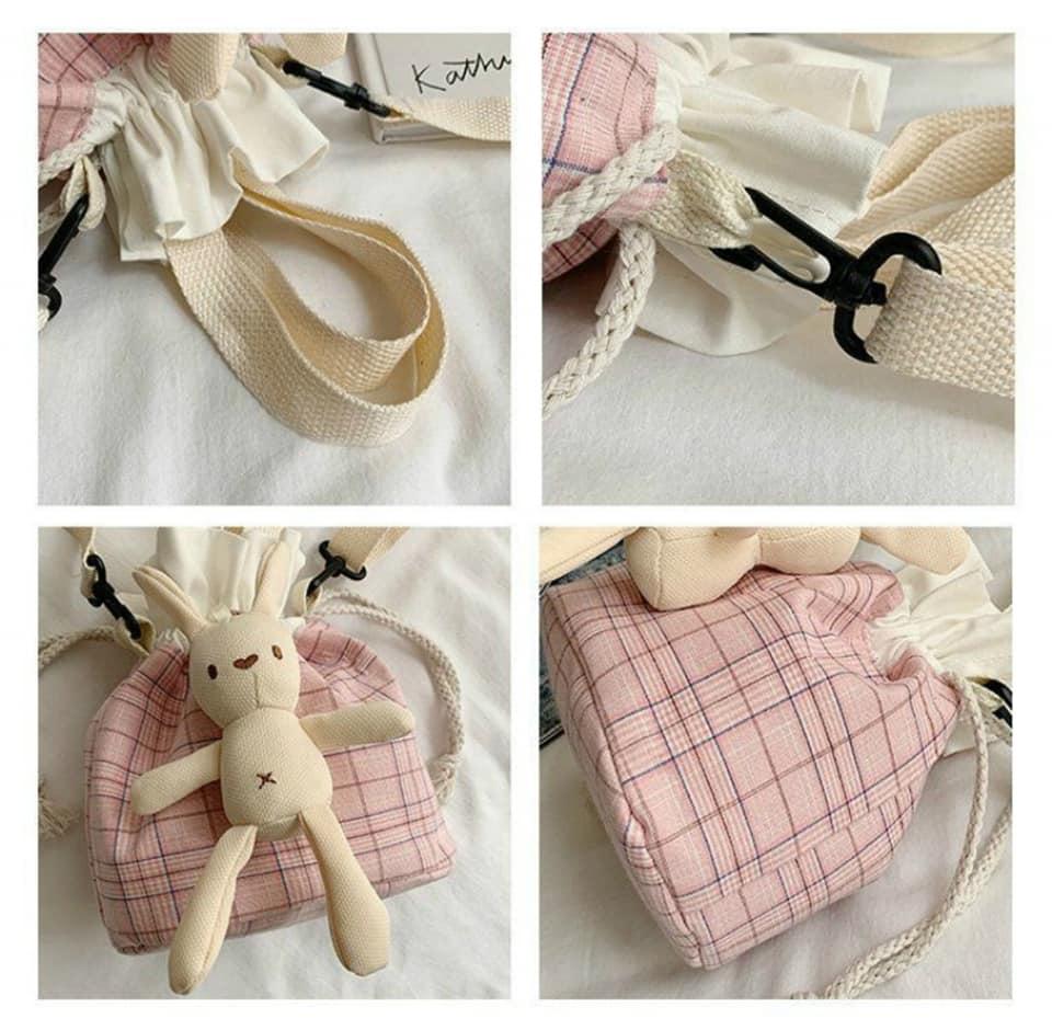 Túi vải canvas caro phong cách Nhật Bản là dòng sản phẩm vượt trội về chất lượng lẫn kiểu dáng, mẫu mã
