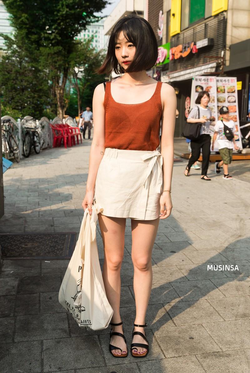 Túi tote canvas là sản phẩm đồng hành cùng bạn trên khắp nẻo đường.